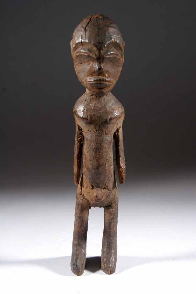 La statue Lobi est un exemple de simplicité de l' art africain # Sculpture Africaine En Bois